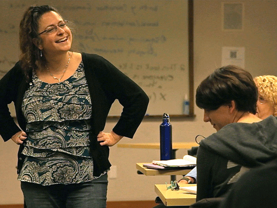 Illyse Kusnetz teaches a class in Book Reviews for the Creative Writing MFA program