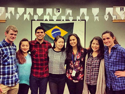 国际学生 come together to celebrate Brazilian culture at SNU Tahoe
