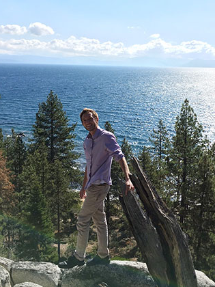 SNC psychology student 瑞安knuppenburg high above Lake Tahoe