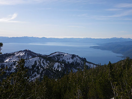 科学 students examine the ecology systems surrounding Lake Tahoe, looking down at the lake from Mtn. Rose Highway